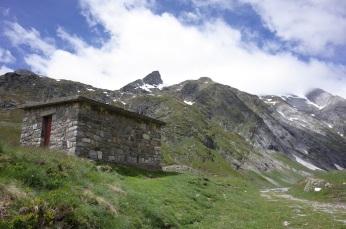 La cabane du barrage d'Ossoue